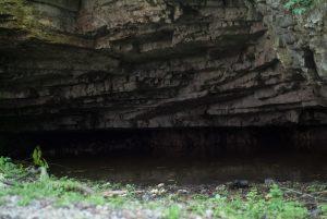 Saint-Christophe-la-Grotte09